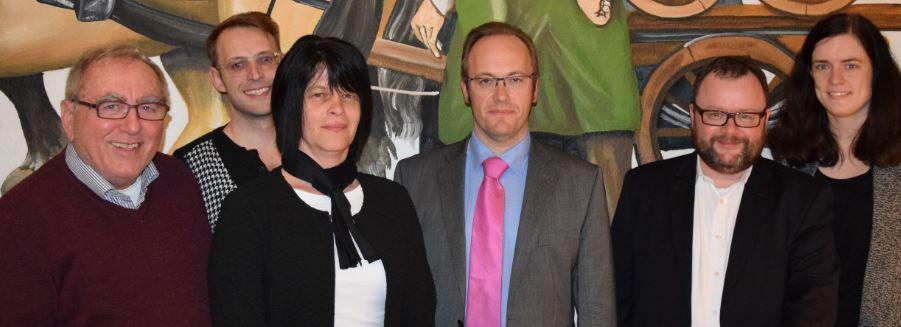 In Rastatt wurde Anfang April 2016 ein neuer Bezirksvorstand der Freien Demokraten Mittelbaden gewählt. Unser Bild zeigt von links: Dieter König, Hendrik B. Dörr, Carmen Janner-Werner, Stefan Tritschler, Dr. Christian Jung und Carolin Holzmüller (Foto: FDP).